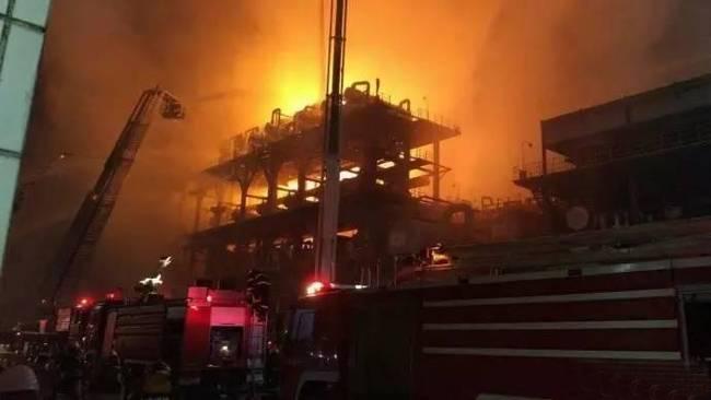中石油大连分公司火灾